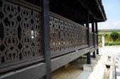 Traditional railing carving at Kampung Laut Mosque at Nilam Puri Kelantan, Malaysia — Stock Photo