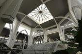 Interior of Sultan Ismail Airport Mosque at Senai Airport in Malaysia — Stock Photo