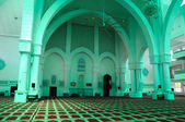 Interior of Sultan Haji Ahmad Shah Mosque a.k.a UIA Mosque in Gombak, Malaysia — Stock Photo