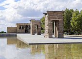 The Temple of Debod (Templo de Debod), an ancient Egyptian temple which was rebuilt in Madrid — Stock Photo