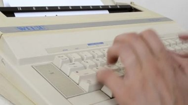 Writing to a 1980s  Electric Typewriter Machine — Video Stock