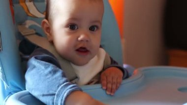 Baby Anxious Waits for Meal — Stockvideo