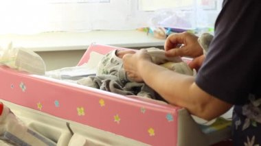 Changing Diapers — Stock Video