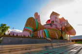 Ganesha, pink elephant, statue — Stock Photo