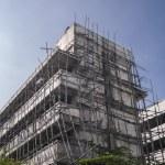 Renovate low rise condominium — Stock Photo #67012455