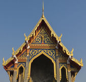 Beautiful roof and tympanum in Thai style — Stock Photo