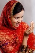Yyung Muslim woman praying  — Stock Photo