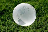 基层环境概念的玻璃球 — 图库照片