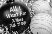 White and black Christmas tree balls - All I want for Xmas is you — Stock Photo