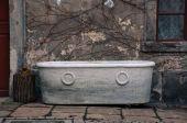 Old abandoned bathtub — Stock Photo