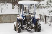 Tractor snowbound. — Stock Photo