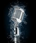 Mikrofon im wasser — Stockfoto