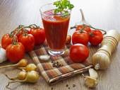 Summer gazpacho soup with vegetables — Stock Photo
