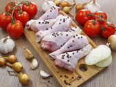 Chicken drumstick with vegetables — Stock Photo
