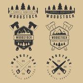 Conjunto de serrarias vintage etiquetas, emblemas, logotipo, emblemas e elementos de design — Vetor de Stock