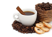 Cup of coffee and croutons on a white background. — Stock Photo