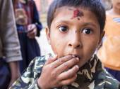 SANKHU, NEPAL-OCT 13 , 2012 : The unidentified boy is so excited — Stock Photo