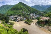 The Ganges begins at the confluence of the Bhagirathi and Alakna — Stock Photo