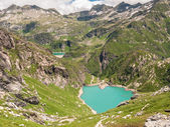 Lake Lago di Robiei en de dam — Stockfoto