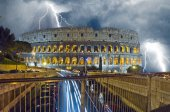 Colosseum in the night. Raining and lightning — Stock Photo