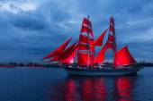 Scarlet Sails celebration in St Petersburg. — Stock Photo