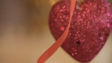 Shiny red heart in sequins. — Stockvideo