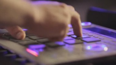 Close-up of the dj mixer playing — Stock Video