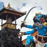 Traditional Balinese demon ogoh-ogoh for Nyepi parade — Stock Photo #69527511