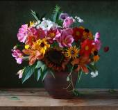 Still life with a bouquet of flowers — Stock Photo