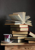 Still life with books and a cup — Fotografia Stock