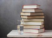 Натюрморт с книгами — Стоковое фото