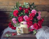 Pink and red roses. — Stock Photo