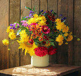The still life with a beautiful bouquet — Stock Photo