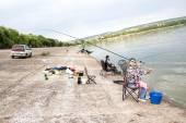 Menina com uma vara de pesca — Foto Stock