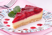 Strawberry cheesecake on plate — Stock Photo
