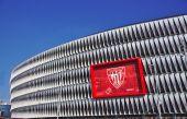Bilbao, Spanien, 28. Mai 2015: Blick auf San Mames Stadion am 28. Mai 2015 in Bilbao, Baskenland, Spanien — Stockfoto