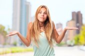 Young cool woman confused — Stock Photo