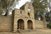 Entrance to Debre Berhan Selassie church territory in Gondar, Ethiopia. — Stock Photo