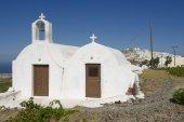 Small rural church near Pyrgos,  Santorini, Greece. — Stock Photo