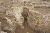 Ruins of Otrar (Utrar or Farab), Central Asian ghost town, South Kazakhstan Province, Kazakhstan. — Stock Photo