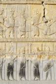 Bas-relief at the ruins of Persepolis in Shiraz, Iran. — Stock Photo