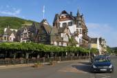 Exterior of the traditional buildings in Rudesheim am Rhein, Germany. — Stock Photo