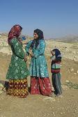 Young women talk circa Isfahan, Iran. — Foto de Stock