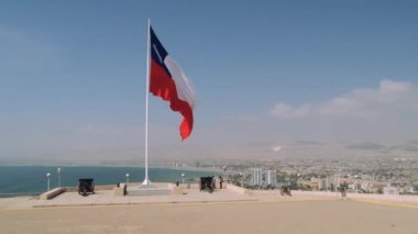 View to the city of Arica, Chile. — Stock Video