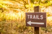 Trails sign for hiking — Fotografia Stock