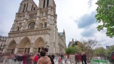 Cathedral Notre Dame de Paris on Cite island in Paris, France timelapse hyperlapse — Stock Video