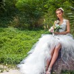 The bride in a garden — Stock Photo #61129733