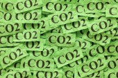 Green paper notes with words CO2 — Stock Photo