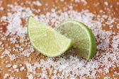 Lime and sea salt — Stock Photo