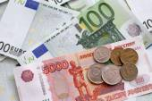 Rubles and Euros — Stock Photo